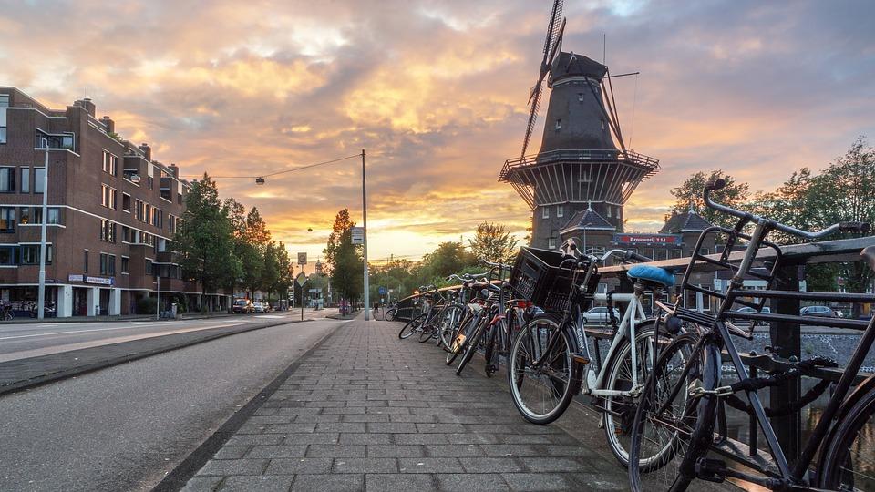 Sortir à Amsterdam : les endroits à ne pas manquer